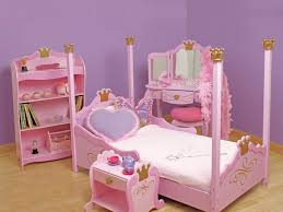 Corner Bedroom Vanity by Bedroom Vanities For Bedroom With Lights Hypnotizing Vanity Wall