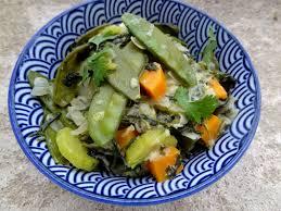 cuisiner le basilic marmite de légumes au lait de coco et basilic thaï