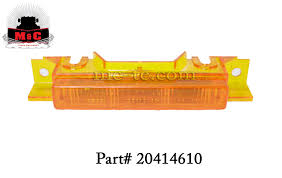 Volvo Truck Sun Visor Marker Light 20414610 - Marker/Clearance ... Trucklite Yellow 10 Series 212 Mkerclearance Lamp 10205y Round Led Truck And Trailer Lights Side Clearance New Sun 2pc 6 Oval Brake Stop 8946a Signalstat Replacement Lens For Marker Best Led Clearance Lights Camper Amazoncom Blue Cab Youtube 5pcs Clear Amber Roof Top Running High Profile 8 Diode Partsam 20 Pcs Amber 2 Beehive Led Boat 8947a Rectangular