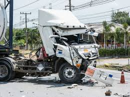 Houston, TX-Commercial Trucks Can Weigh Up To 80,000 Lbs. Or More ... Houston Trucking Accident Attorneys Truck Injury Lawyers The Meyer Law Firm Accidents Caused By Brake Or Tire Failure Stewart Dallas Wreck Of 1800truwreck Analyze The Bus Lawyer Megabus 3 Things To Know About J Guss 18 Wheeler Find And Txcommercial Trucks Can Weigh Up 800 Lbs More Kaufman County Car Rockwall Auto Truck Accident Lawyer Dallastruck Houstonvoip Texas Airplane Crash Aviation