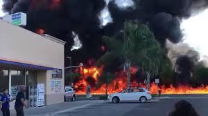 100 Tanker Truck Crash Panda Express Workers Flee Fiery Tanker Truck Crash In Central