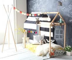 cabane chambre cabane pour lit enfant lits cabanes 10 modales pour chambre cocon