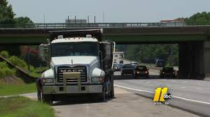 Dump Truck Shot At On I-495 In Wake County | Abc11.com