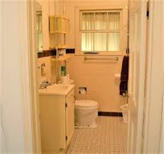 Small Bathroom Remodels Before And After by 11 Amazing Before U0026 After Bathroom Remodels