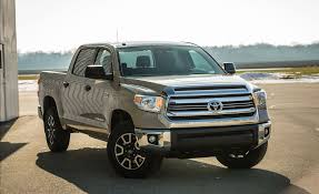 2017 Toyota Tundra 5.7L V-8 CrewMax 4x4 Test | Review | Car And Driver