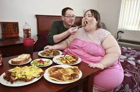 femmes plus cuisine terrifying aim meet the who aims to be the fattest in