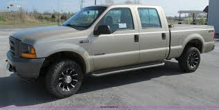 2001 Ford F250 Super Duty Crew Cab Pickup Truck | Item D3103...