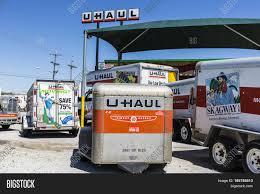 100 Truck Moving Rentals Kokomo Circa May Image Photo Free Trial Bigstock