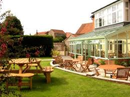 100 The Lawns Holt United Kingdom Toproomscom