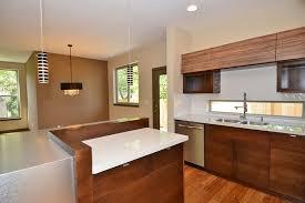 du bruit dans la cuisine cuisine du bruit dans la cuisine bordeaux avec beige couleur du