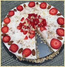 gesunde quark erdbeer torte miriamko