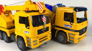 100 Bruder Cement Truck UNBOXING BRUDER CRANE STORY WITH KRISTOFF AND THE CEMENT TRUCK