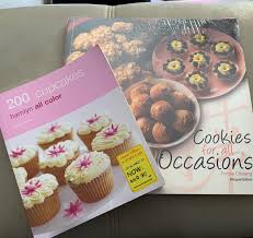 Cupcakes And Cookies Book Books Stationery Magazines Others On Carousell