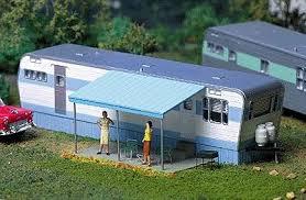City Classics Roberts Road 1950s Mobile Home Kit HO Scale Model Railroad Building