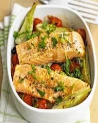 cuisiner filet de saumon filet de saumon au fenouil et tomates pour 2 personnes recettes