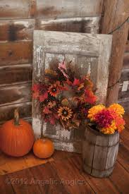 Primitive Decorating Ideas For Outside by 25 Unique Primitive Fall Ideas On Pinterest Rustic Thanksgiving