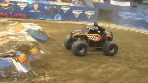 Columbus 2016 Monster Mutt Rottweiler Freestyle - YouTube Monster Mutt Dalmatian 164 New Look For Jam 2016 Youtube Behind The Scenes A Million Little Echoes Photos Peoria Illinois April 16 Truck By Brandonlee88 On Deviantart Heads To Dc I Like It Frantic 2009 Alburque Nm Freestyle Flickr Traxxas 110 Scale 2wd Replica Trucks 3602r Rottweiler Wiki Fandom Powered World Finals Xvii Competitors Announced Amazoncom Toys Games