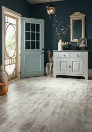 New Laminate Floor Bubbling by Best 25 Painting Laminate Floors Ideas On Pinterest Paint