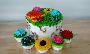 Cake Decorating Books Barnes And Noble by Diy Cupcake Or Cake Decorating My Make Studio Groupon