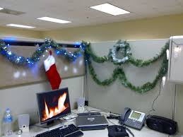 Cubicle Decoration Themes India by Christmas Decorating Themes For Office Ideas Cubicle Trends