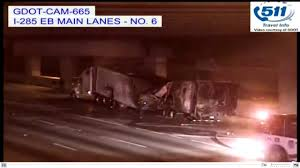 100 Chicken Truck John Anderson Big Rig Carrying 40K Pounds Of Chicken Catches Fire In Tunnel Under