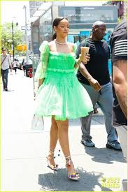 Rihanna Wears Green Tutu Dress & Rainbow Pom Pom Shoes: Photo ... Nba Finals Kicks Of The Night Bevel The Nbas Most Interesting Shoe Sizes Sole Collector Boston Celtics Gordon Hayward Suffers Fractured Ankle In Season Playoff Slamonline World Reacts To Reported Carmelo Anthony Trade Nbacom Shoes Each Star Is Wearing Cluding