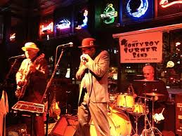 Gas Lamp Des Moines by Honeyboy Turner Band