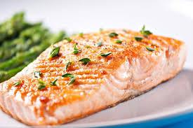 comment cuisiner un saumon entier comment réussir la cuisson du saumon au four