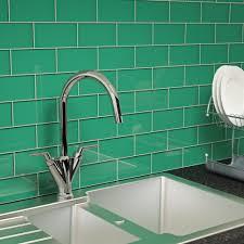 glass subway tile emerald green 3 x 6 subway tile
