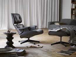 Eames Lounge Chair Black Version Vitra Lounge Chair Ottoman Santos Palisander Nero Alinium Polished Sides Black Vintage Black Leather Ekornes Strless Chairs Ottomans A Pair Eames Version Charles And Ray Designer Lounge Chair With Ottoman In Details About Style 100 Pu Rosewood Replica Italian Walnut Frame Bully By Zuo Modern And In Oak Plywood