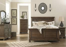 Flynnter Porter Medium Brown Panel Bedroom Set Bedroom Sets