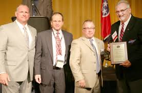 Averitt Earns Recognition From Tennessee Trucking Association | UCBJ ... Fort Smith Arkansas Our Facilities Averitt Express Vintage Driving Force Is People Flatbed Wwwtopsimagescom Driver With The Best Flatbed Tarping Job Ever Youtube Corde11 Flickr Continues To Expand Services Add Jobs 2011 News Another Day Pay Hike For Drivers Transport Topics Purchases Land In Triad Business Park Expansion Student Driver Placement 6 Land Air Of New England Office Photo Glassdoor Ccj Innovator