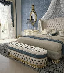 gepolsterte sitzbank für schlafzimmer idfdesign