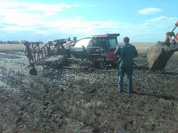 100 Stuck Trucks 17 Tips For Getting Equipment Unstuck RealAgriculture