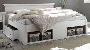 bett hooge in pinie weiß landhaus stauraumbett mit 2 x bettschubkasten liegefläche 180 x 200 cm