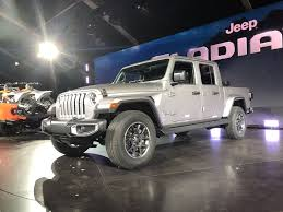 100 Jeep Gladiator Truck 5 Things To Know About The 2020 Pickup Motor