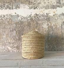 raffia korb mit deckel natur runder aufbewahrungskorb für küche oder bad