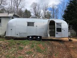 104 22 Airstream For Sale Vintage Camper Trailers Vintage Camper Trailers