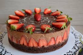 schoko erdbeer mousse torte julias kuchenwelt