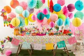 Table Decoration Ideas For Birthday Party With Honeycomb