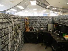Halloween Cubicle Decoration Ideas by Halloween Cubicle Halloween Cubicle Cubicle And Halloween Ideas