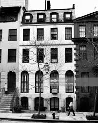 100 Five Story New York This Is The Fivestory Brownstone Where Peter Detmold Was