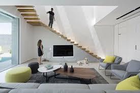 möbel in grau weiß und schwarz für eine minimalistische