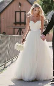 Discount Beach Wedding Dresses 2015 New Sweetheart With Lace Corset Bodice Spaghetti Straps Tulle Bridal Gowns Sale Princess Country Italian
