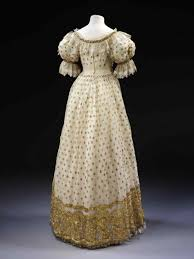 Crepe Embroidered With British Satin And Gown 1800s Vintage Ball Gowns Silk