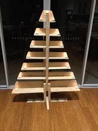Repurposed Pallet Christmas Tree With Tea Lights