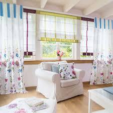 blumenmotiv für ein freundliches wohnzimmer haus deko