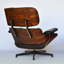 Eames Lounge Chair Rosewood Herman Miller 1979 Back | MidModern Brown Leather Eames 670 Rosewood Lounge Chair 2 Home Brazilian Sold 1970s Herman Miller Ottoman Details About Rare 1960s Lcm Mid Century Modern Classic Emes Style And 100 Top Genuine Black 60s Italian White In Early Special Order Green