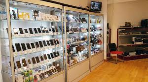 vitrine d exposition occasion vitrines magasin nos réalisations vitrina créations