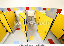 wc im badezimmer eines kindergartens ohne menschen kleine